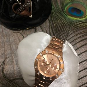 NWOT Authentic Guess Watch